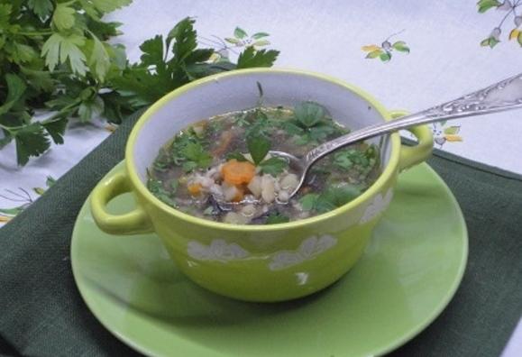 Суп перловий з грибами – вегетаріанський, пісний рецепт